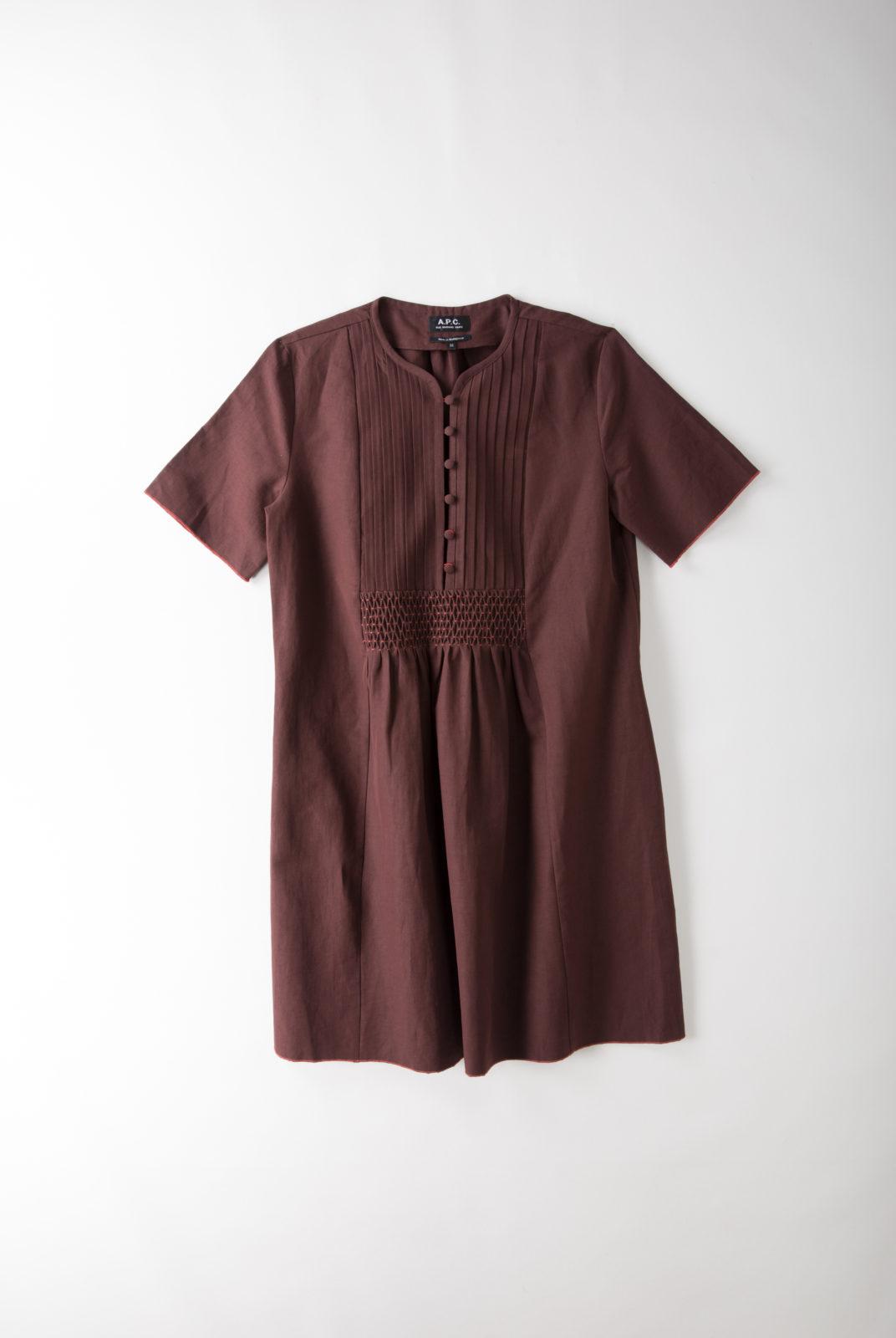 robe, bordeaux, toile lin-coton, coupe ample évasée, encolure tunisienne boutonnée, apc